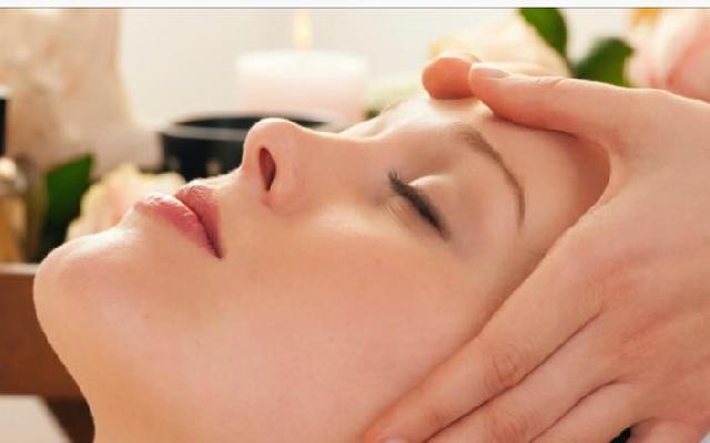 Head to Toe Massage and Spa (click for info)